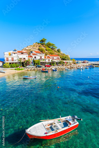 Staande foto Eiland Fishing boat in Kokkari bay, Samos island, Greece