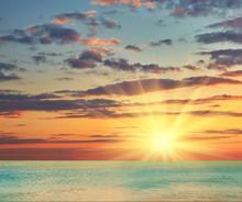 Beautiful Sea Sunset Cloudy Sky