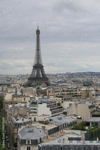 Papiers peints Paris The Eiffel Tower, seen from top of the Arc de Triomphe, Paris, France