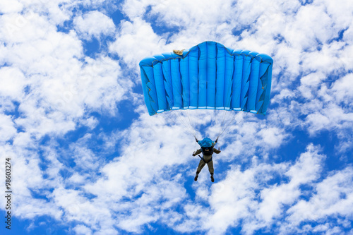 Poster Luchtsport Parachute on blue sky
