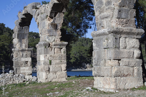 In de dag Rudnes The ruins of the ancient city of Phaselis. Turkey.