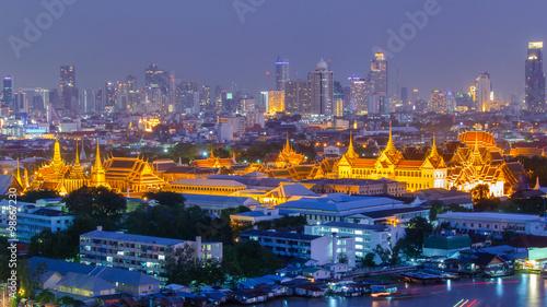 Photo Stands Bangkok Grand Palace at twilight Bangkok, Thailand