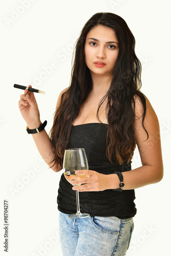 Fotografiet  Woman smoking with electronic cigarette