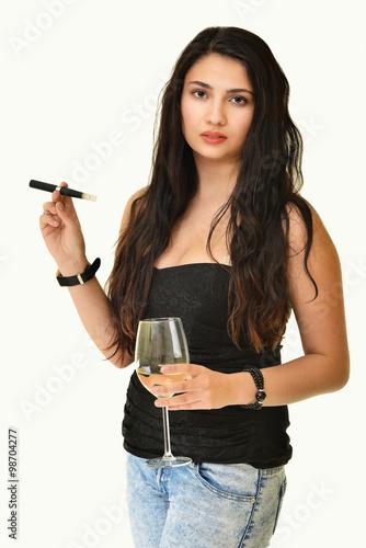 Fotografia  Woman smoking with electronic cigarette