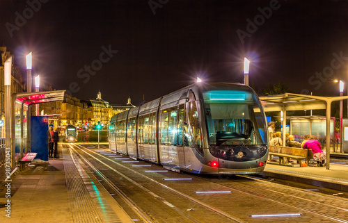 A tram in Bordeaux - France, Aquitaine Tablou Canvas