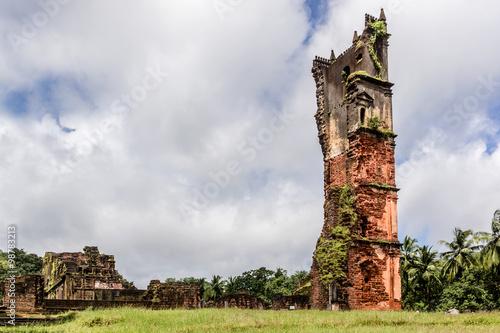 Foto op Aluminium Rudnes Ruins of St. Augustine complex (1835). Old Goa, India.