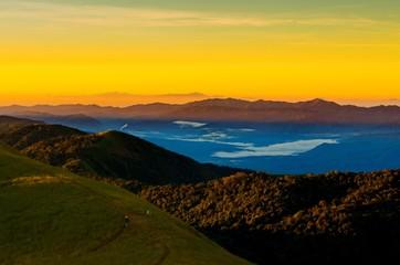 Panel Szklany Do sypialni sunrise in the mountains landscape