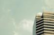 Leinwanddruck Bild - Building and sky