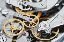 Gear Clock Mechanism