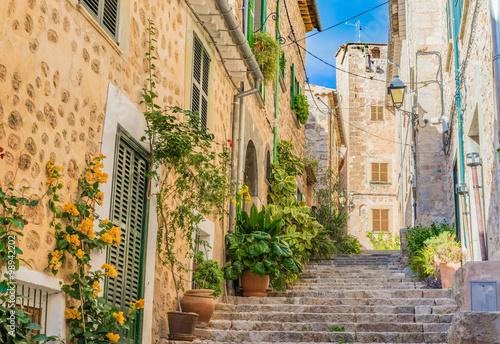schody-w-starej-gorskiej-wiosce