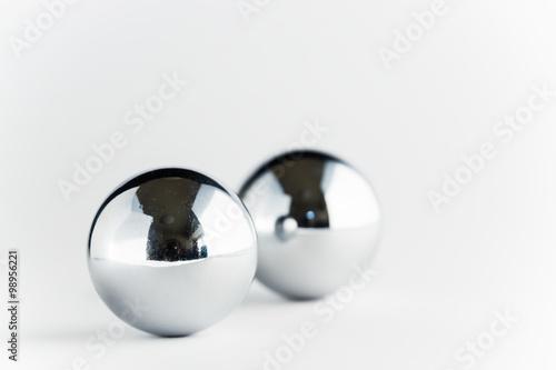 Valokuva  鉄の玉