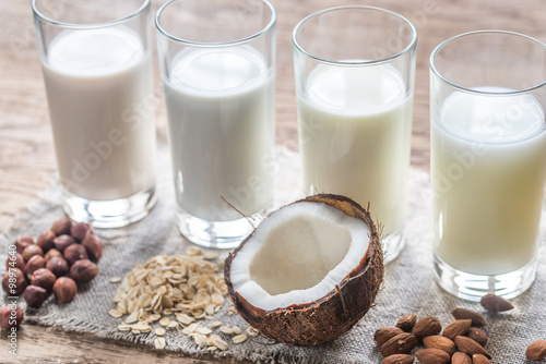 Eat healthy and stay healthy Different types of non-dairy milk