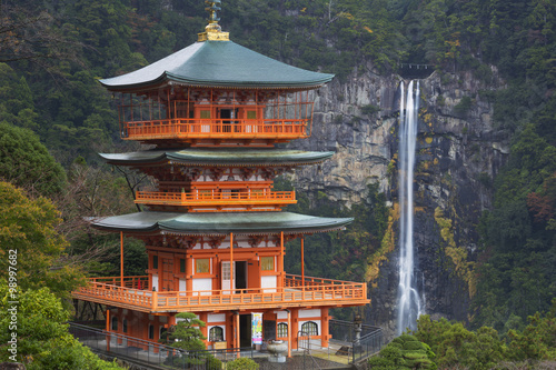 Fényképezés Pagoda and Nachi Falls in the Wakayama Prefecture, Japan