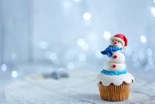 Christmas Cupcake With Lights ...