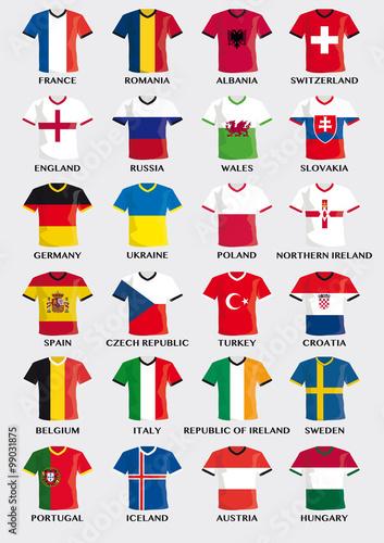 Photo  t-shirt buttons mit flagge von Fußball Mannschaften in Europa