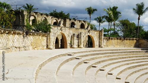 Obraz Amphitheater at Altos de Chavon in La Romana, Dominican Republic - fototapety do salonu