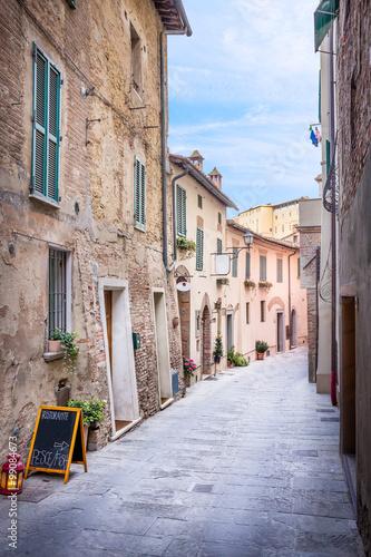 Poster Havana Beautiful street of Montepulciano, Tuscany