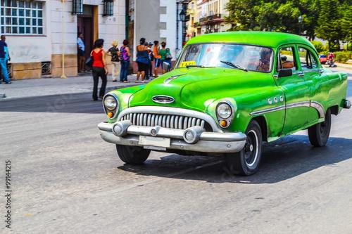 Türaufkleber Autos aus Kuba American retro and vintage cars in Cuba.
