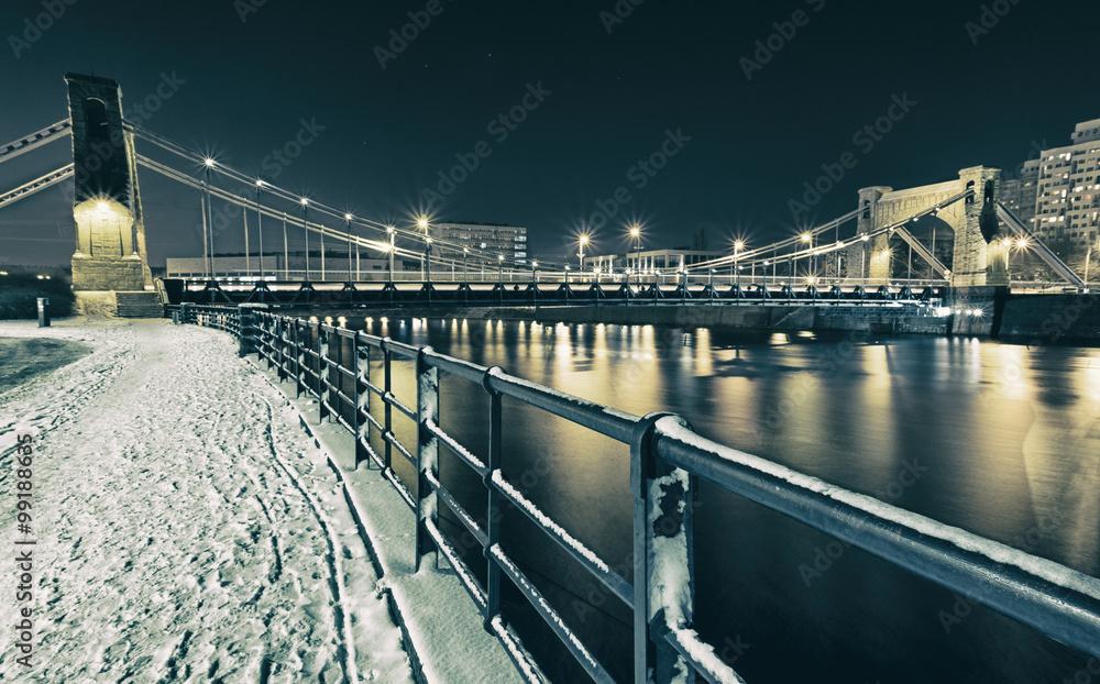 Fototapety, obrazy: Widok na most w nocy zimą we wrocławiu