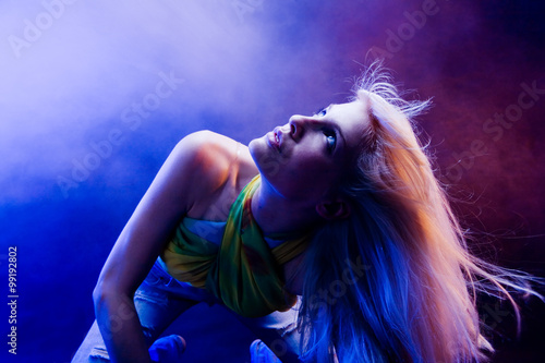 Fototapety, obrazy: young blond woman