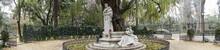 Monumento Dedicado Al Poeta Gustavo Adolfo Bécquer En La Ciudad De Sevilla