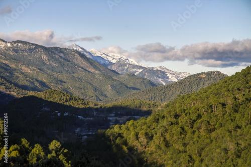 Valle en el tramo alto del Guadalquivir, Sierra de Cazorla, Jaén, España.