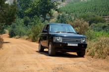 Range Rover On A Gravel Dirt R...
