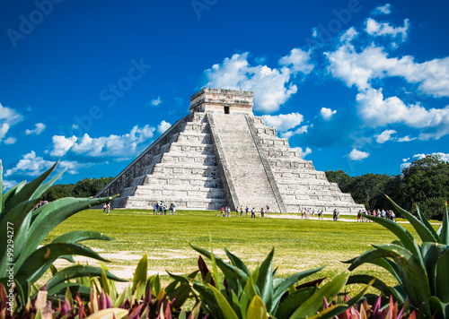 Fototapeta Chichen Itza, one of the most visited archaeological sites, Mexi