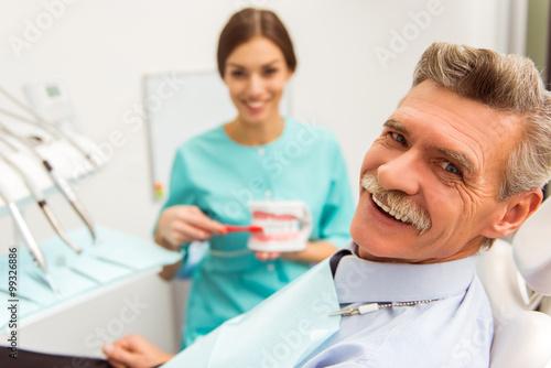 obraz dibond Professional dentist office
