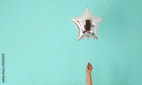 Fotografía  star balloon of success on colorful background