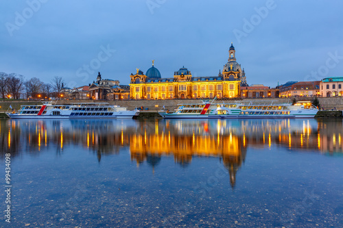 Foto op Canvas Praag Old Town and Elba at night in Dresden, Germany