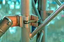 Scaffolding Clamps / Close Up ...