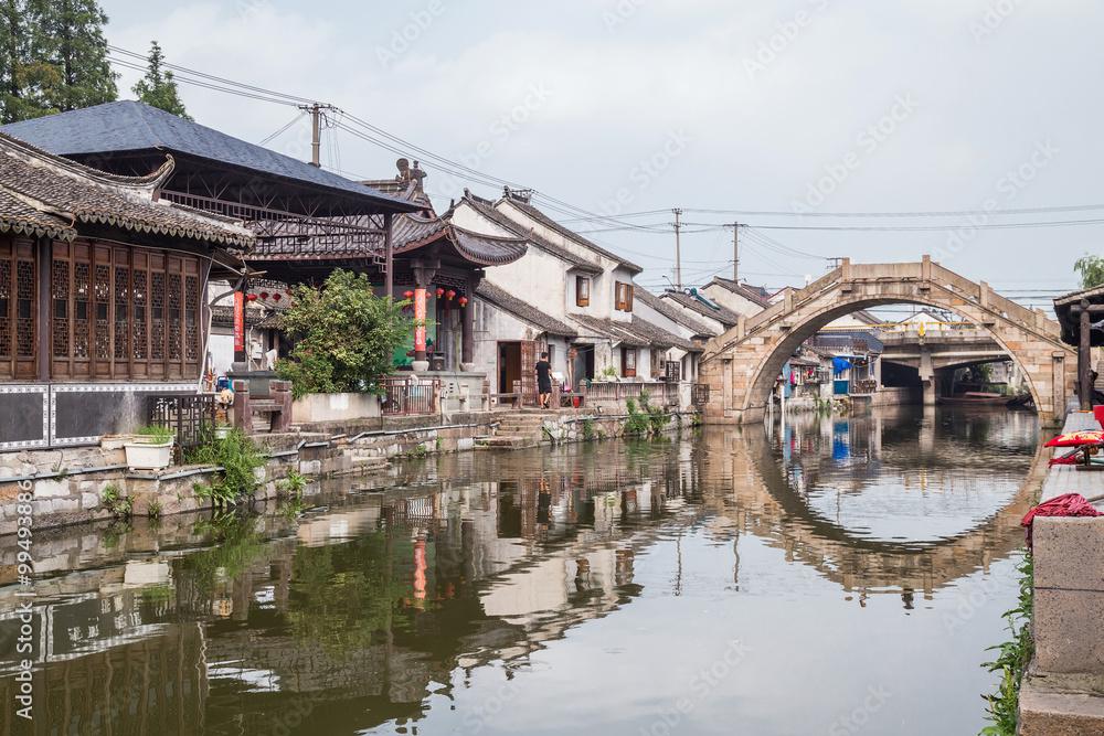 Photo  Bridges, canals of Fengjing Zhujiajiao ancient water  town