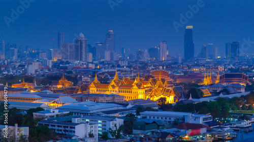 Foto op Plexiglas Bedehuis Grand Palace at twilight Bangkok, Thailand