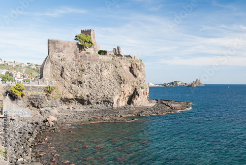 Photo The norman castle of Acicastello (Sicily)