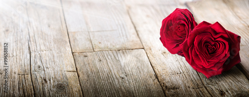 Foto op Aluminium Roses Valentines Card - Sunlight On Two Roses In Love