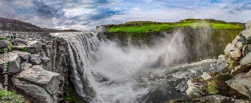 Fototapeta premium Panorama oszałamiający wodospad Dettifoss w Islandii