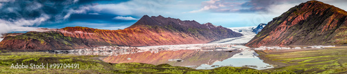 Poster Glaciers Panorama of beautiful glacier and lake at sunrise in Iceland