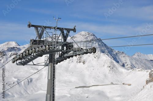 Fotobehang Wintersporten Großglockner Liftstütze Gondelbahn Wintersport