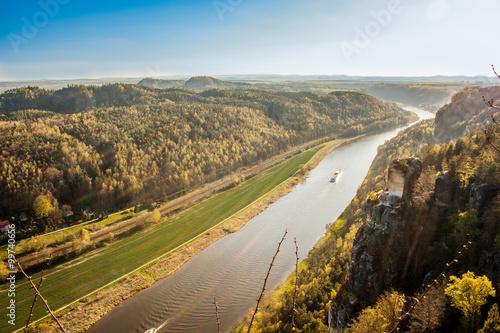 Papiers peints Cote The sunset on the river Elbe.