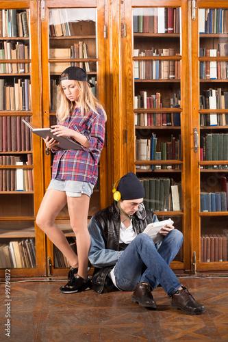 Keuken foto achterwand Berlijn Students in library
