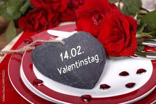 Valentinstag Essen Gehen Buy This Stock Photo And Explore