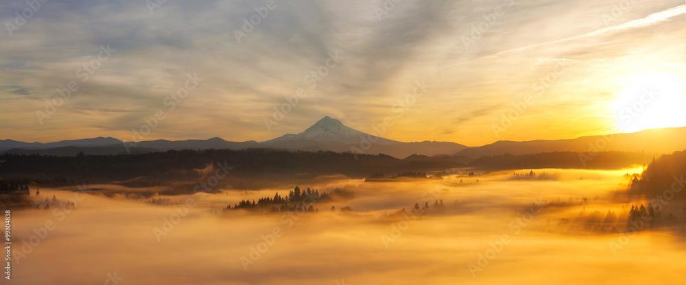 Fototapeta Sunrise Over Mt Hood Panorama