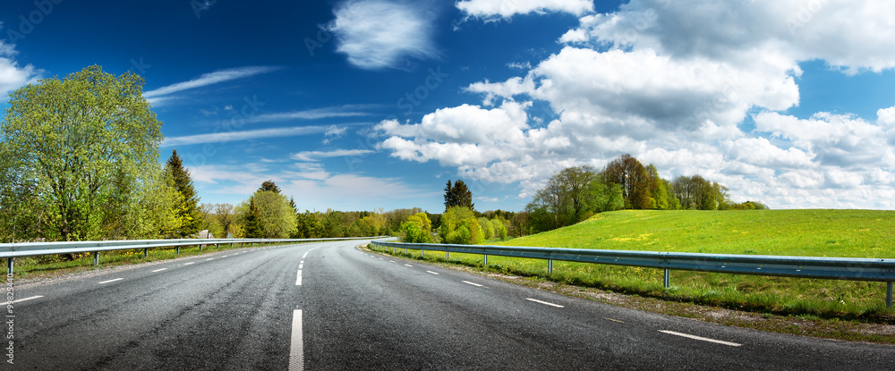 Fototapeta Road panorama on sunny spring day