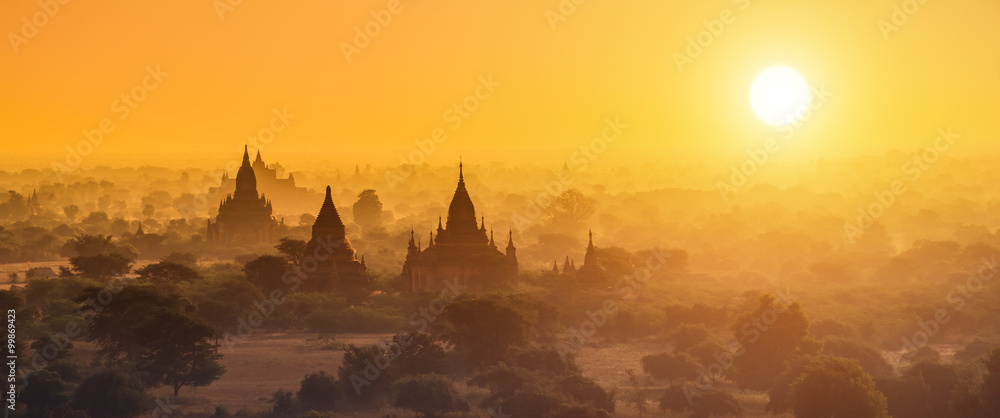 Fototapeta Panorama photography of Myanmar temples in Bagan at sunset