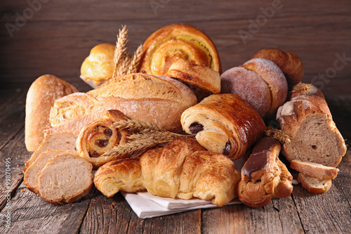 Valokuva  assorted pastry and bread
