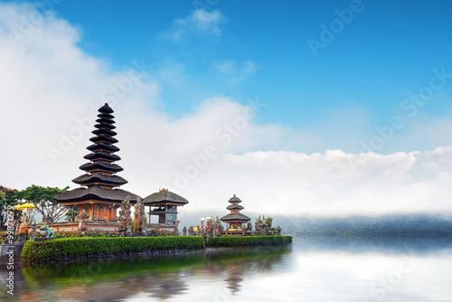 Tuinposter Bali Bali temple in Indonesia. Ulun Danu famous travel landmark