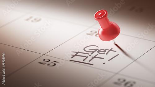 Koncepcja obraz kalendarza z czerwoną pinezką. Strzał zbliżenie