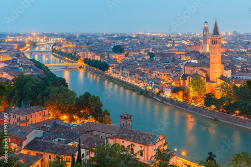 Staande foto Madrid Verona skyline with river Adige, bridges, Santa Anastasia Church and Torre dei Lamberti or Lamberti Tower at evening, view from Piazzale Castel San Pietro, Italy