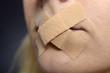 canvas print picture - Verschlossener Mund für Sprechverbote und Zensur contra Meinungsfreiheit